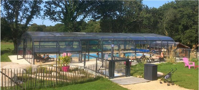 La c te de granit rose les activit s et loisirs en for Camping cote de granit rose piscine couverte